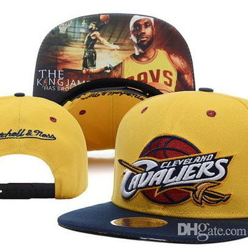 Hot Sale yellow navy mitchell & ness adjustable snapback caps sports team snap backs hats high quality basketball caps for men women hats DD
