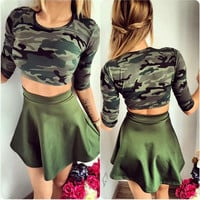 Scoop Crop Top Pleated Short Skirt Camouflage Two Pieces Set