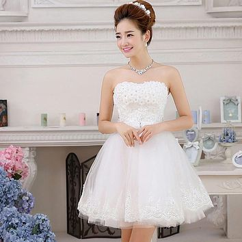 Suosikki 2017 New Sweet Lace Short wedding dress 2015 Sexy Tube Top Beach White Bridal Gown vestido de noiva
