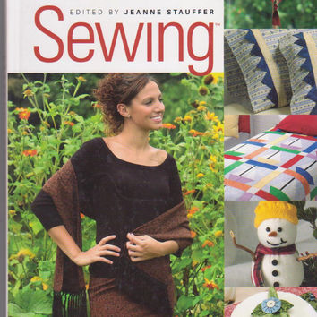 Pattern-Free Sewing book edited by Jeanne Stauffer instructions for over 40 sewing projects for home decor, clothing, tote bags and more