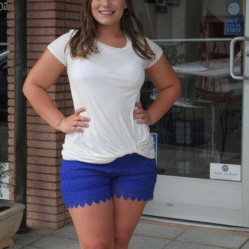 Living in Lace Shorts - Royal