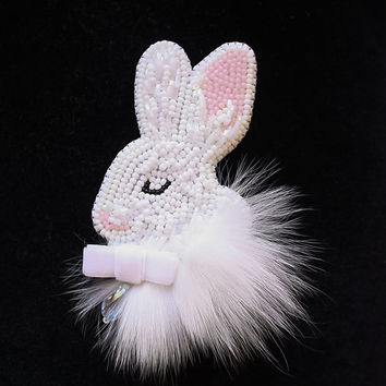 Brooch handmade Beaded Beadwork Embroidered brooch White rabbit bunny Brooch with embroidery Brooch with animals Beaded pin Jewelry rabbit