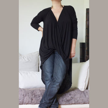 Loose Draped V Neckline Top / Front Snap Closure Tunic / Asymmetric Hem Drap Shirt / Draped Front Detail/ Top Loose Top Long Sleeve