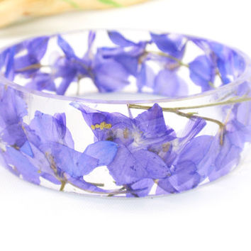 Eco Resin Bangle Bracelet - Size L, Real Flower Resin Bracelet, Chunky Thick Rounded Bangle, Real Plant Bracelet, Larkspur