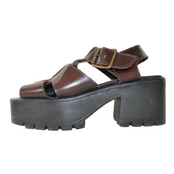 90s Leather Platform Sandals Steve Madden Grunge Goth Flawless Like New Vintage Shoes Womens Size US 7 UK 5 EUR 37