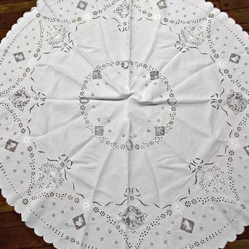 Round Vintage White Linen Table Cloth Cover with Cutwork Lace Inserts Embroidery