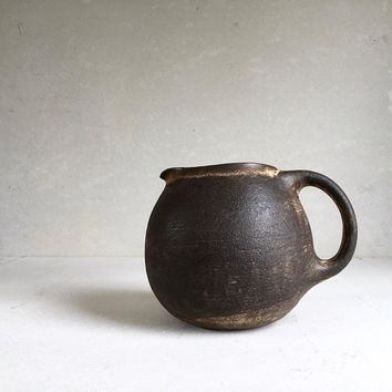 BROWN PITCHER 70 oz, ceramic, pottery, jug, round pitcher, big pitcher, vessel, pot, rustic, vessel, decanter, canteen, boho, 60s 70s