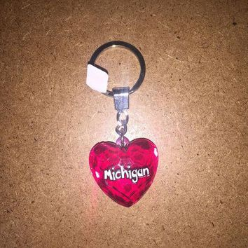 DCCKG8Q Michigan Diamond Cut Heart Keychain