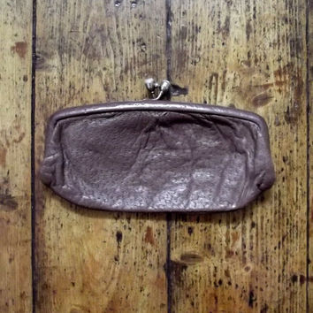 Vintage purse clutch bags womens coin purse gold clasp leather purse 70s rustic womens accessories pouch organizer Dolly Topsy Etsy UK