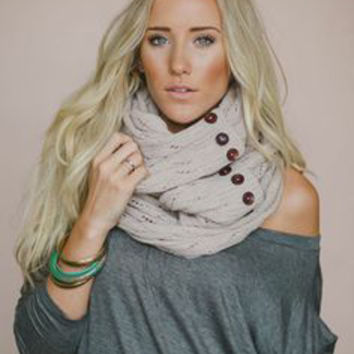 Boho Buttons Infinity Scarf Oatmeal Chunky Soft Multiple Wood Button Winter Eternity Scarves