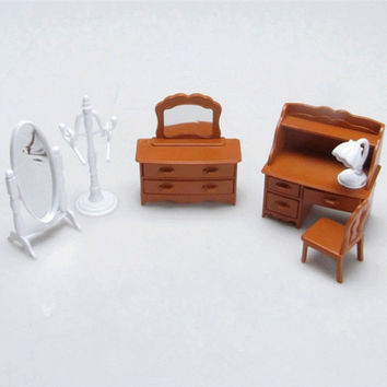 Brinquedos Meninas 1/12 Vintage bedroom furniture Set (dresser ,desk,mirror) furniture Miniature cook tools  Doll Houses toy