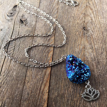Cobalt Titanium Quartz Crystal Necklace Rough Crystal Necklace Raw Crystal Healing Crystals and Stones Gems Minerals Crystal Bohemian