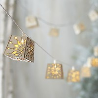 Wood Cut Snowflake Line Lights