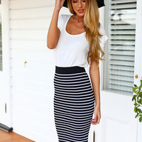 BACKSTAGE MIDI SKIRT - Black & White Stripes