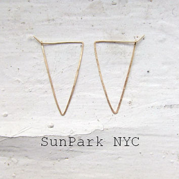Delicate Geometric Hammered Triangle Hoop Earring/Gold Earring/Silver Earring/Hoop/Gold delicate Hoop/Geometric Hoop/Thin Hoop/