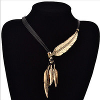 Fashion Bohemian Style Bronze Rope Chain Feather Pattern Pendant Choker Necklace