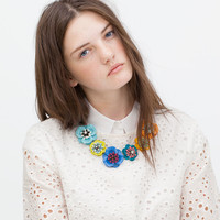 Multicolored flower necklace