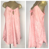 1980s Pink Nightgown, Plus Size Vintage Lingerie, Embossed Satin Paisley Swirls, Sexy Nightie, 80s Bow, Sleeveless Slinky Nightgown XL 1X 16