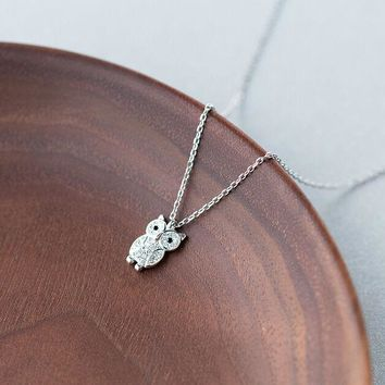 925 Sterling Silver Lovely Tiny CZ Owl Animal Charm Pendant Necklace A2176