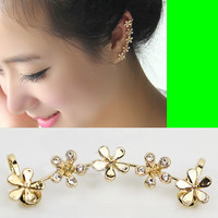 Golden Flower Wrapping Ear Cuff (Single, No Piercing)