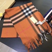 onetow One-nice? Brown New!! Authentic Burberry 100% cashmere scarf New !