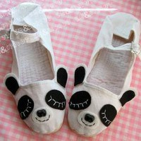 Sleepy Panda Mary Janes  Size 9 by emandsprout on Etsy