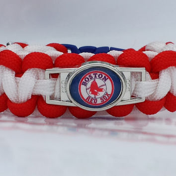 Red Sox Bracelet, Boston Red Sox Jewelry, Baseball Bracelet, MLB Paracord Bracelet, Red Sox Jewelry, Custom Red Sox Bracelet. 26 Colors