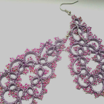 Purple tatting lace earrings, Dangle tatting lace earrings, Tatted earrings with glass beads, purple earrings, Handmade jewelry
