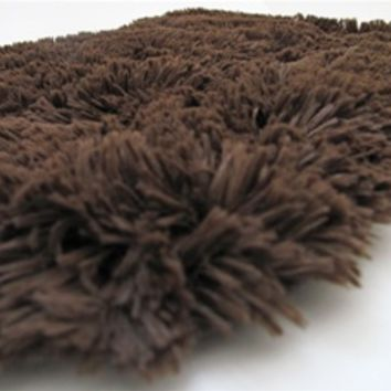 College Plush Rug Chocolate is a dorm sized rug made for college girls dorm rooms that want comfort style design and the hottest dorm room colors