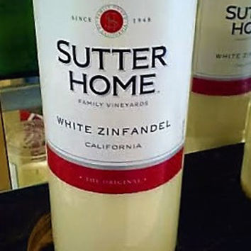 NEW Sutter Home White Zinfandel California Wine Repurposed Bottle Natural Soy Candle