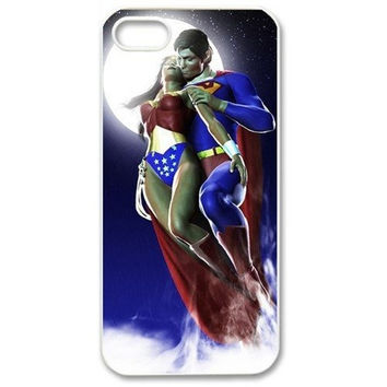 Superman And Wonder Woman Loves for Iphone 4 4s 5 5s 5c Slim-fit Hard Case Cover = 1946268676