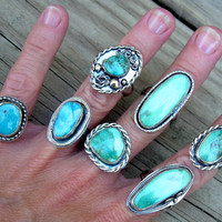 Turquoise Ring, Natural Arizona Kingman Turquoise and sterling silver ring, Thin Band, Silver Ring, Genuine Turquoise