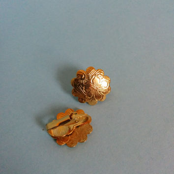 Vintage Gold Floral Clip On Earrings