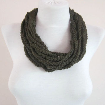Crochet Chain Scarf,infinity Loop Necklace,Circle Cowl