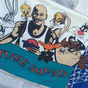 Vintage 1996 Space Jam Tune Squad Pillow Case, Space Jam Pillow Case, Tune Squad pillow Case, Looney Tunes Pillow Case