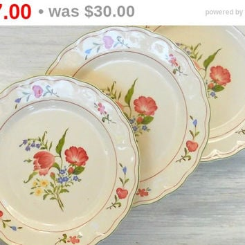 Nikko Avondale Dinner Plates Set of 3 French Country Tea Party Cottage Style Ca. 1980\u0027s & French Varages Dinner Plates Set of 4 from Rosebuds Originals