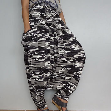Harem Drop Crotch Pant,Unisex Baggy Trouser, Stretchy Spandex Army Camo Print, (pants-C3).