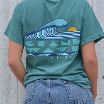 Sunset Wave Tee - Grand Wave