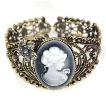World Pride Vintage Hollow Out Queen Statue Carving Bangle Cuff Cameo Bracelet