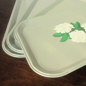 1940s Shabby Chic Vintage Gardenia Metal Serving Trays - Set of 4