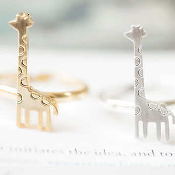 Giraffe Ring, Cute Giraffe Ring, Contemporary Animal Ring in 18k Gold Plated or 925 Silver Plated
