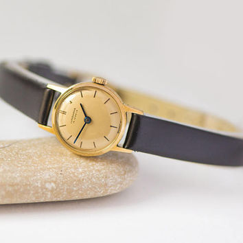 Vintage women's watch Junghans, minimalist women's watch Cal. J73, gold plated lady watch jewelry gift unique, new premium leather strap