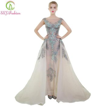 New Luxury Prom Dress The Bride Banquet Romantic Lace Appliques Long Tail Formal Party Gown Catwalk Dresses