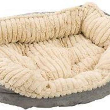DCCKU7Q Ethical Sleep Zone 26' Gray Plush Bed Carved