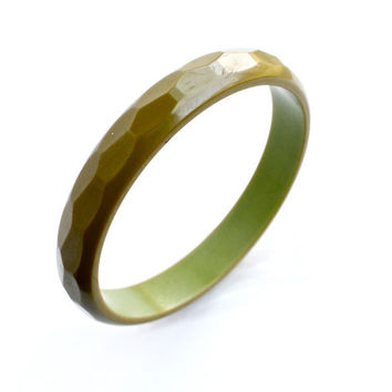 SALE - Vintage Green Bakelite Bangle Bracelet  - Faceted Two Tone Retro Costume Jewelry / Mossy Green