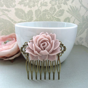 A Large Dusty Pink Rose Flower Antiqued Brass Filigree Hair Comb. Statement Comb. Bridesmaid Hair Comb. Wedding Bridal Hair Comb.