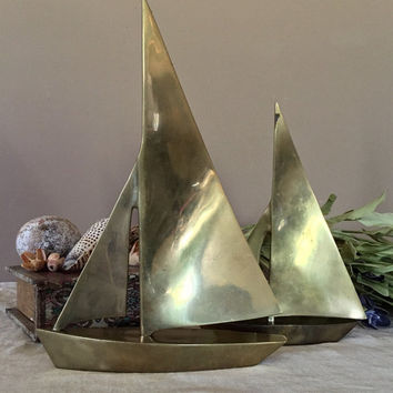 Vintage Brass Sailboats Set of Two / Vintage Brass Sailboats
