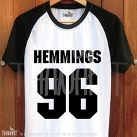 Hemmings 96 - Tee Shirt Luke Tee Shirts Baseball 5sos Top tumblr Unisex T Size - S M L XL 2XL 3XL