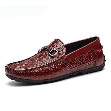 Summer Loafers Men Shoes 100% Luxury Genuine Leather Embossing Fashion Classic Flats Mens Shoes Casual Boat Designer