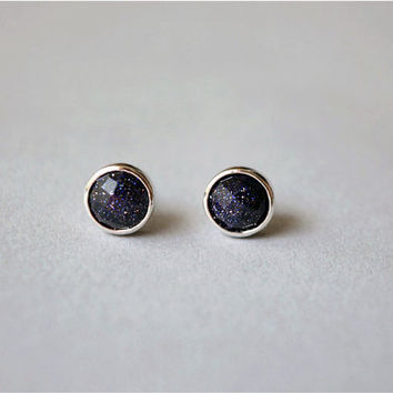 Gemstone Round stud earrings 7mm, shiny handmade natural agate stone with 925 sterling silver backing, tiny cute studs, silveruniquejewelry